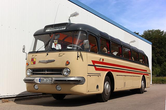 ikarus technische daten oldtimer mieten mietbus rebus reginalbus rostock. Black Bedroom Furniture Sets. Home Design Ideas